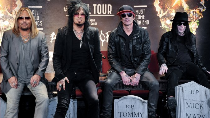 motley_crue_press_conference_l