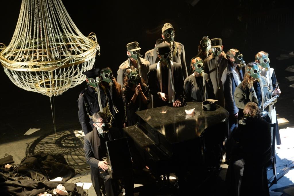 ВОЙНА, Международный театральный фестиваль им. А.П. Чехова, Эдинбургский международный фестиваль в сотрудничестве с SounDrama Studio (Москва)