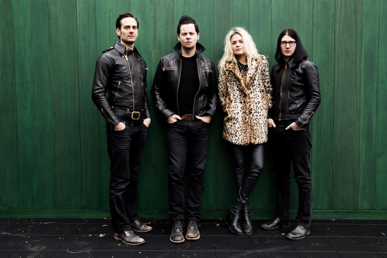 The-Dead-Weather-2015