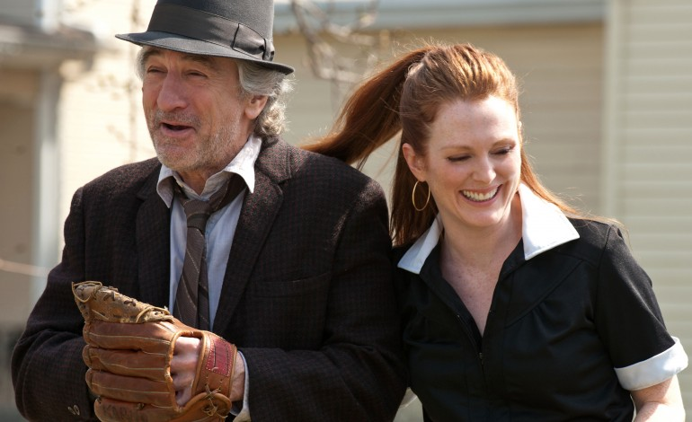 being-flynn-robert-de-niro-julianne-moore-770x470