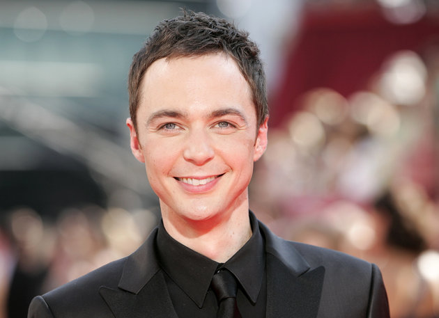 """Nominee actor Jim Parsons from """"The Big Bang Theory"""" arrives at the 61st annual Primetime Emmy Awards in Los Angeles, California September 20, 2009.     REUTERS/Danny Moloshok (UNITED STATES ENTERTAINMENT)"""